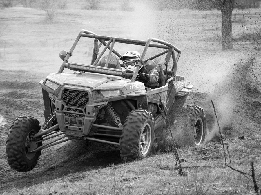 "Polaris RZR 1000 Xp ""Brutalica"""